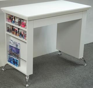 Маникюрный стол с ящиком