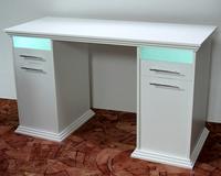 Маникюрный стол с каретной стяжкой Зэф-1