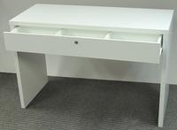 Маникюрный стол 88 с ящиком